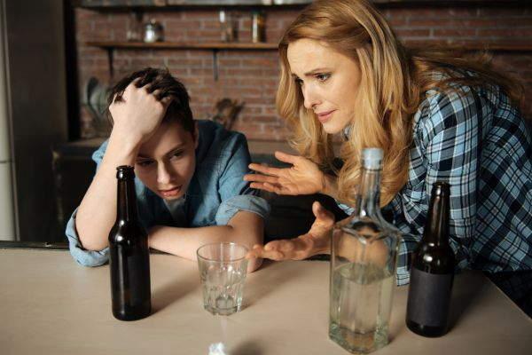 Лечение от алкоголизма необходимо, если выш сын пристрастился к алкоголю картинка