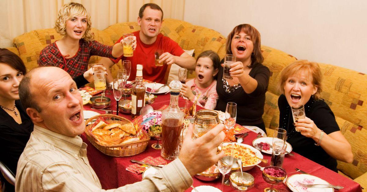 Алкоголизм в семье приводит к разводам и разрушает судьбы картинка