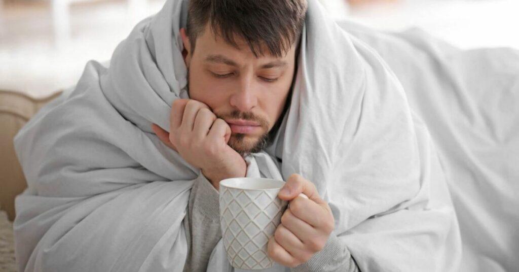 Почему лучше не пить алкоголь при коронавирусе и орви картинка