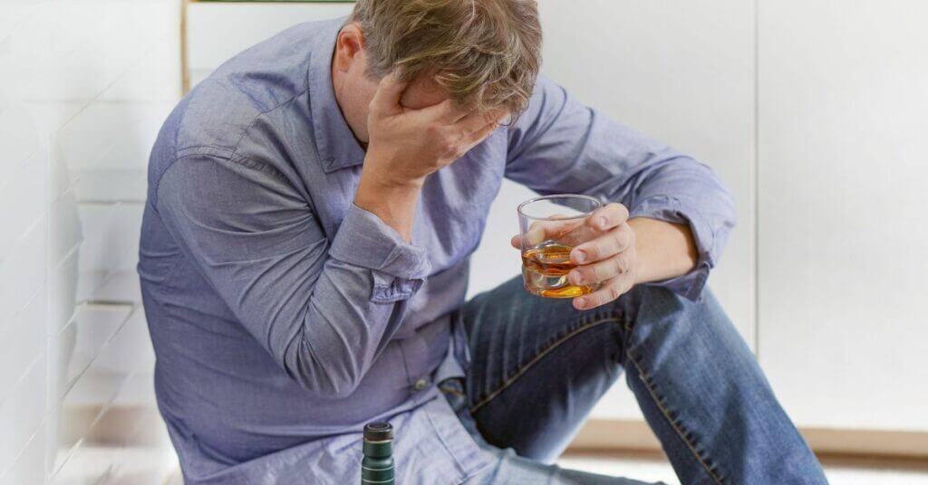 Лечение алкоголизма за 1 сеанс: ✓полный отказ от алкоголя, ✓без лекарств, ✓справка о пройденном лечении картинка