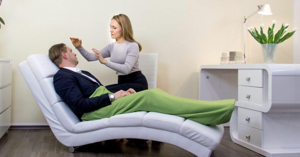 Лечение алкоголизма гипнозом! ✓Мощный метод избавления от алкоголя. ✓Безопасно ✓Эффективно ✓За 1 сеанс! картинка