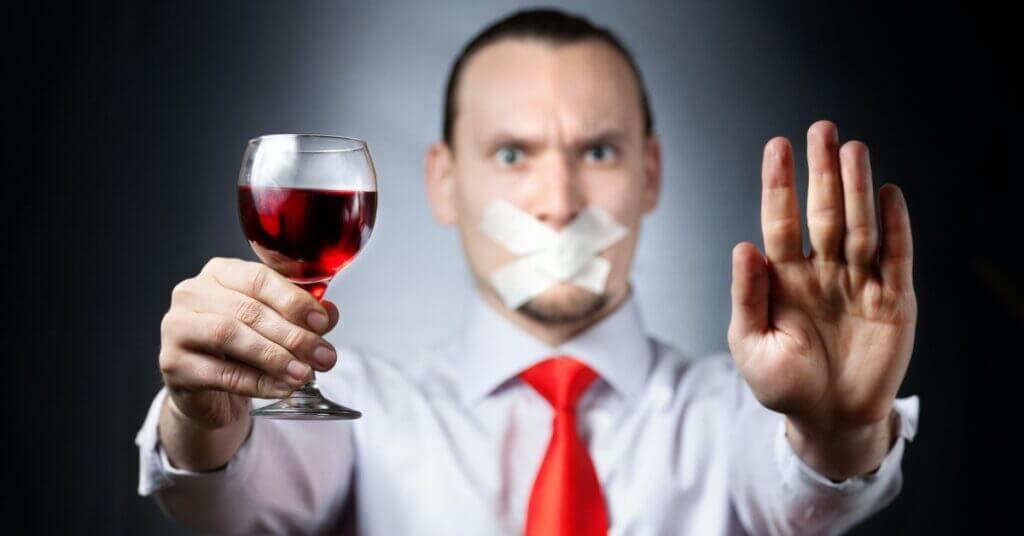 Полный отказ от алкоголя: ✓за 1 сеанс, ✓без лекарств, ✓справка о пройденном лечении, ✓до 100% эффективность картинка