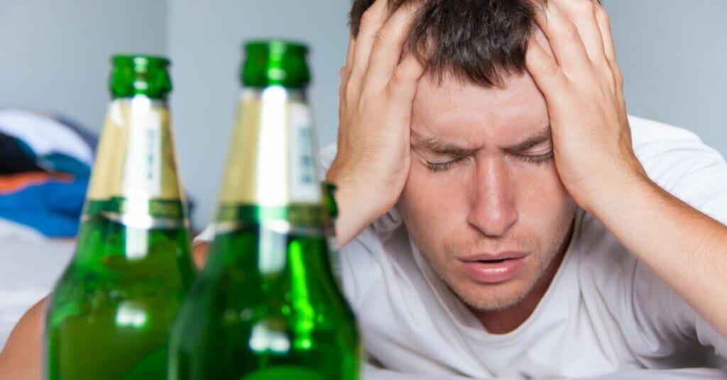 Лечение пивного алкоголизма! ✓ За 1 сеанс, ✓Анонимно, ✓Комплексный метод кодирования, ✓ Эффект до 100%! картинка