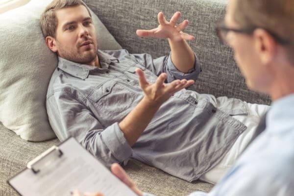 Когда и в каких случаях нужно общаться к психотерапевту на консультацию картинка