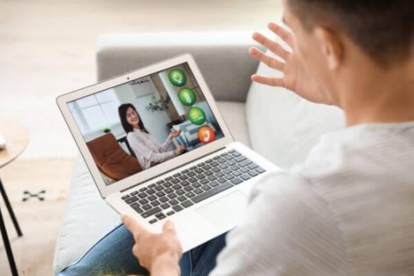 В психотерапевтическом центре Center Mak психолог принимает онлайн картинка