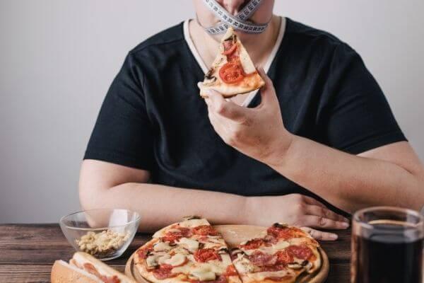 Нарушение питания – проблема современного общества картинка